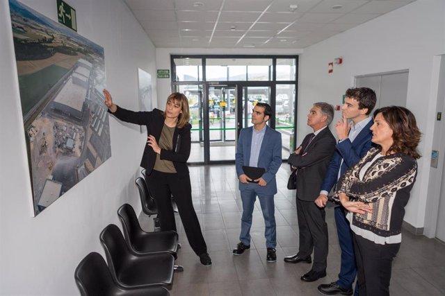 Imagen de la visita institucional a las instalaciones de Mercadona en el Polígono de Jundiz.