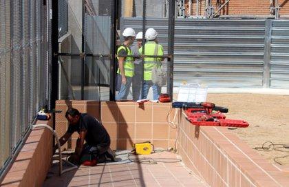 L'institut escola Trinitat Nova no pot començar les classes en alguns cursos per un retard en les obres del nou edifici