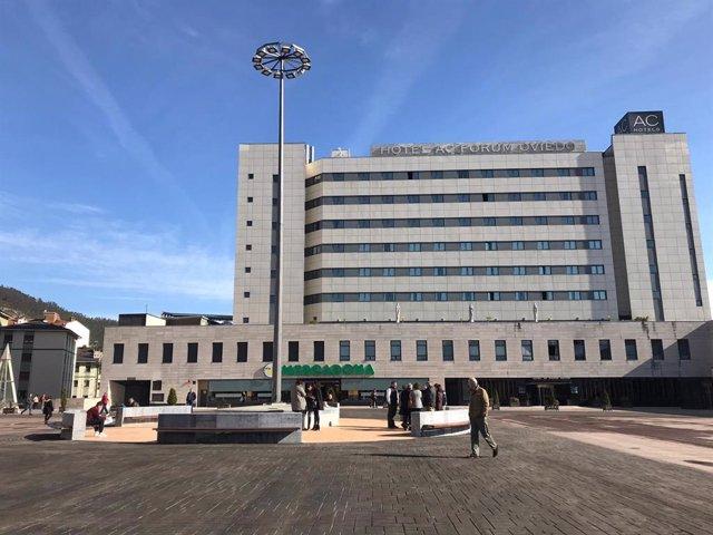 Plaza de los Ferroviarios de Oviedo