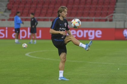 Modric sufre una lesión muscular y será baja contra el Levante