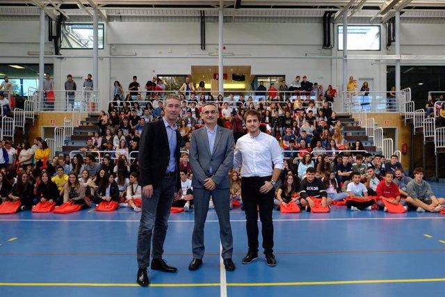 La UR ha celebrado este jueves una jornada de bienvenida a los nuevos estudiantes del curso 2019/2020