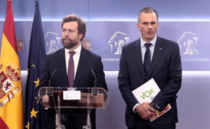 Vox demana contruir un mur a Ceuta i Melilla i permetre als agents fronterers utilitzar material antiavalots