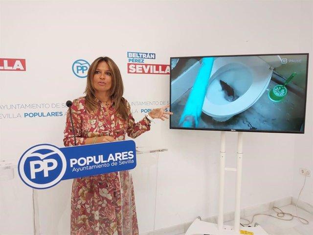 Evelia Rincón en rueda de prensa