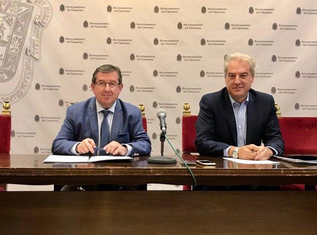El concejal de Economía, Luis González, y el de Hacienda, José Antonio Huertas