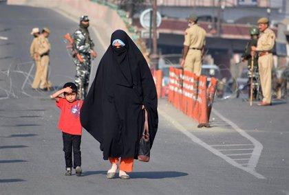 Detenidas más de 3.800 personas en la Cachemira india desde que Nueva Delhi retiró su estatuto de autonomía