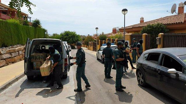 Operación contra tráfico de drogas en Estepona y Marbella