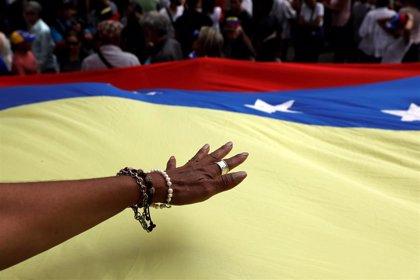 Representantes del Gobierno y la oposición de Venezuela discuten salidas a la crisis económicas al margen de Noruega