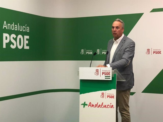 Juan Carlos Ruiz Boix, durante la rueda de prensa