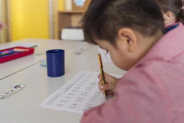 La universalización del primer ciclo de Educación Infantil es una propuesta compartida por partidos como el PSOE y Unidas Podemos.
