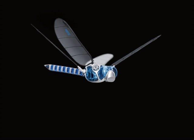 Los premios Guiness reconocen a la libélula BionicOpter como el insecto robótico