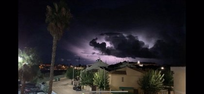 Ordenan romper el muro de la base aérea ante el episodio de lluvias en Los Alcázares