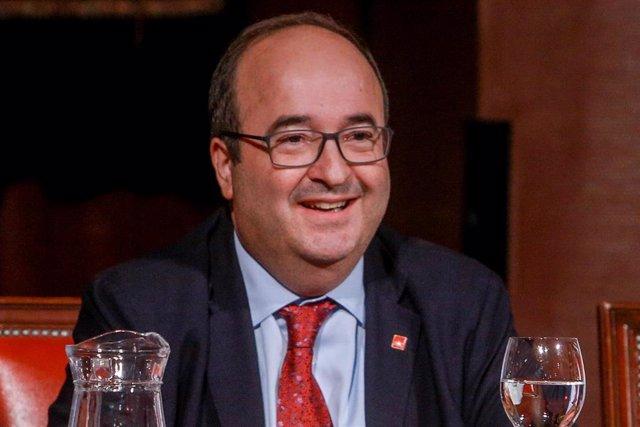 Conferencia de Miquel Iceta, Primer Secretario del PSC en el Salón de actos del Ateneo de Madrid el 12 de septiembre de 2019.