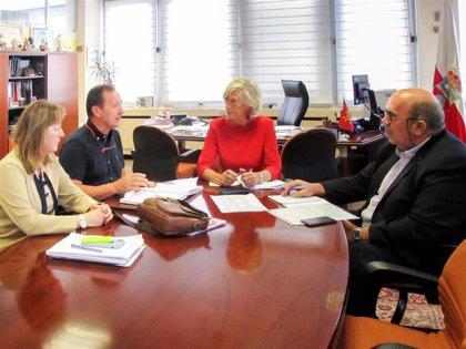 Educación apoyará la celebración del 50 aniversario del IES Montesclaros de Reinosa