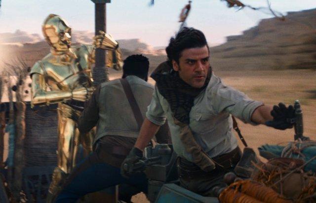 Poe Dameron junto a C3P-O en Star Wars