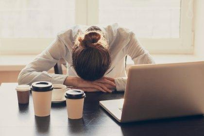 Cinco claves para combatir la astenia otoñal en el trabajo