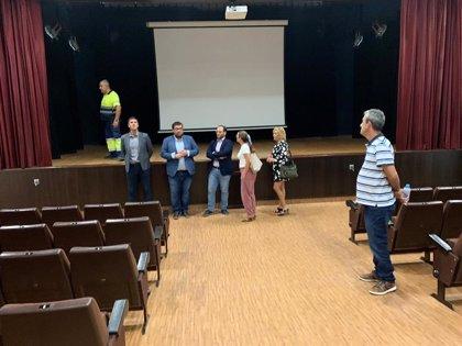 Diputación supervisa las obras de mejora del Teatro Andalucía de Castellar