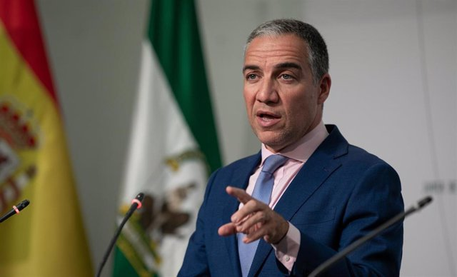 El consejero de Presidencia, Elías Bendodo, informa en rueda de prensa sobre el Consejo de Gobierno.