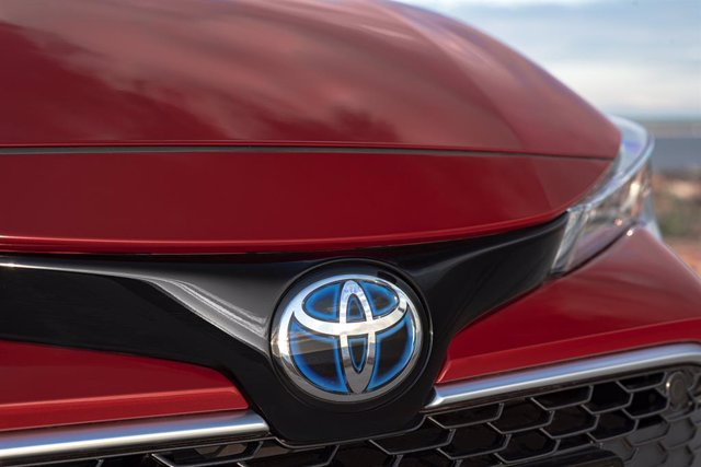 Economía.- Toyota vendió 578.400 vehículos en Europa en el primer semestre, un 3,3% más que el mismo período de 2018