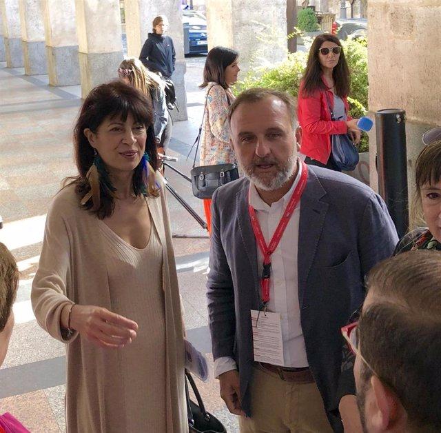 Ana Redondo a su llegada al Teatro Calderón para participar en el encuentro Ciudades, Creatividad y Agenda 2030.