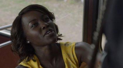 Lupita Nyong'o revienta niños-zombie en el bestial tráiler de Little Monsters