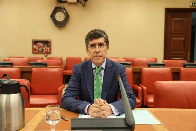 El catedrático de Derecho Constitucional  de la Universidad Nacional de Educación a Distancia de Madrid, Carlos Vidal Prado, comparece en Comisión Consultiva de Nombramientos en el Congreso como candidato para la elección de vocal de la Junta Electoral Ce