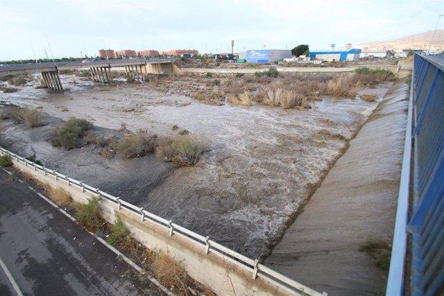 Situación del río Andarax tras las fuertes lluvias recibidas