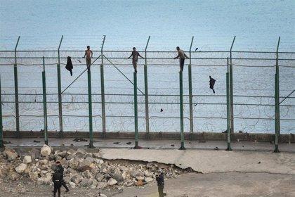 """El Gobierno de Ceuta cree que el muro que propone Vox """"no es la solución"""" para la presión migratoria irregular"""
