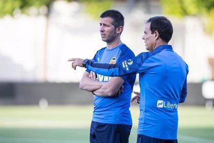 Celades deja fuera de su primera lista a Correia, Mangala, Vallejo y Sobrino para visitar el Camp Nou