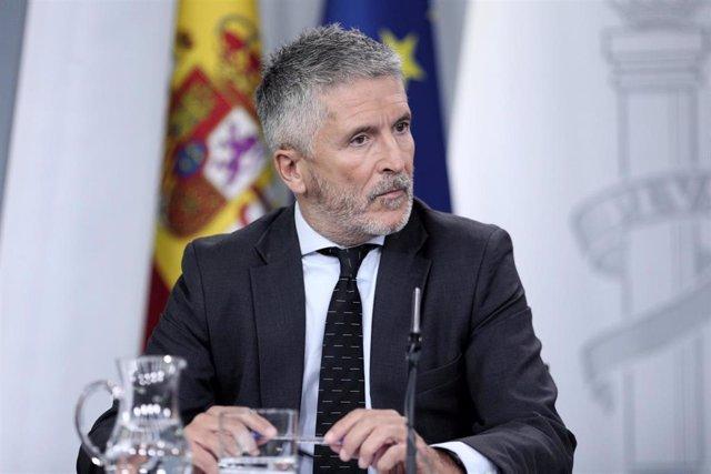 El ministro del Interior en funciones Fernando Grande Marlaska, comparece ante los medios de comunicación tras la reunión del Consejo de Ministros en Moncloa, en Madrid (España), a 13 de septiembre de 2019.