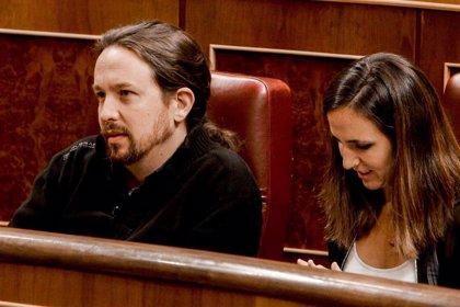 Iglesias reprocha a Celaá que use su cargo de portavoz del Gobierno para lanzar consignas electoralistas y partidistas