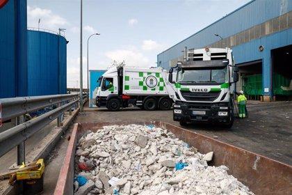 Asociaciones vecinales retomarán la movilización contra un posible traslado de basura del Este a Valdemingómez