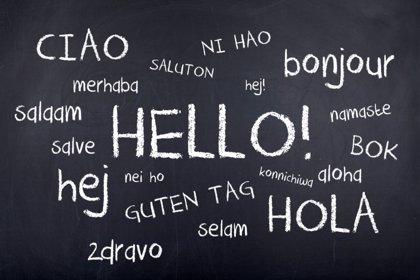 Saber muchos idiomas puede reducir el riesgo de demencia