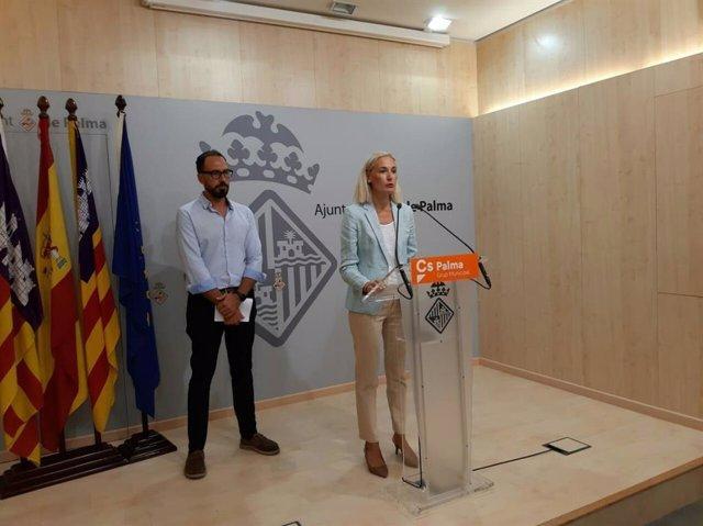 Alejandro Escriche y Eva Pomar de Cs Palma.
