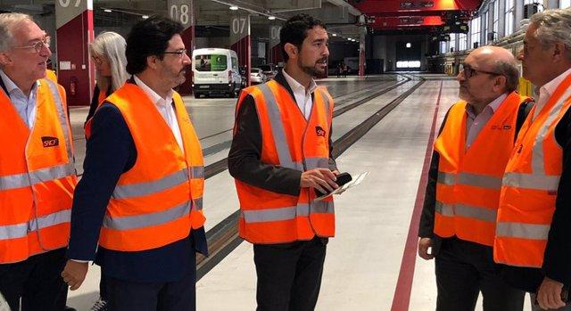 El conseller de la Generalitat Damià Calvet visita el complex logístic intermodal Chapelle International a París