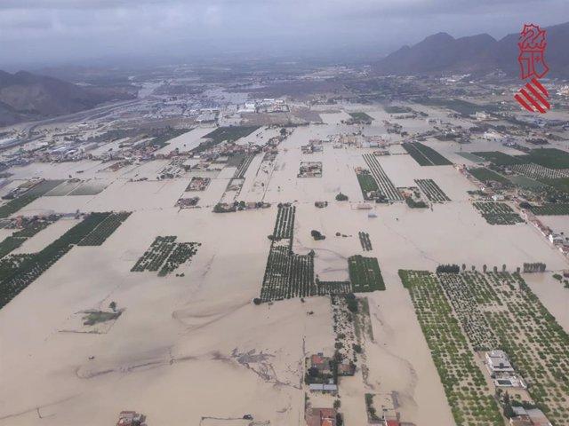 Inundacions a Oriola, camps anegados
