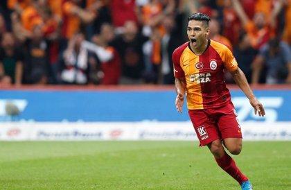 Falcao debuta con gol y victoria en las filas del Galatasaray
