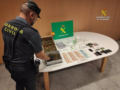 Detenidas tres personas en el desmantelamiento de un punto de venta de droga en una casa de Poio (Pontevedra)