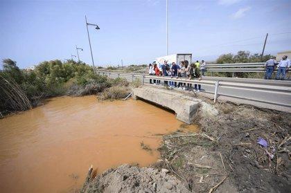 El alcalde de Almería visita zonas más afectadas por el temporal de Cabo de Gata, La Cañada, El Alquián y San Vicente