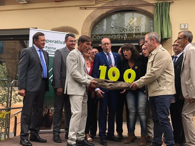 Celebració del centenari de la Cooperativa Agrícula de la Palma d'Ebre (Tarragona)
