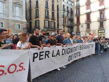"""La manifestación """"por la seguridad y la convivencia"""" reúne a unas 1.000 personas en Barcelona"""