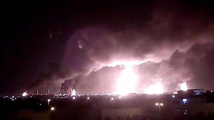 El ataque con drones contra instalaciones petroleras saudíes frustra la extracción de 5,7 millones de barriles de crudo