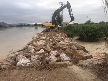 Finalizada la reposición de la mota del río en el Raal (Murcia)