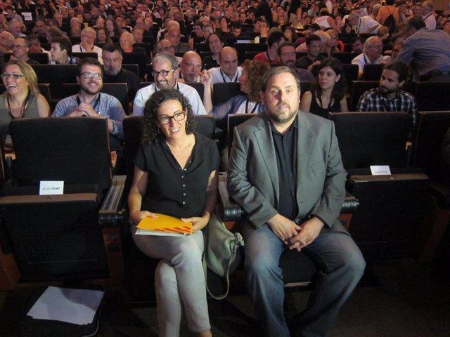 Oriol Junqueras al costat de Marta Rovira en un Consell Nacional