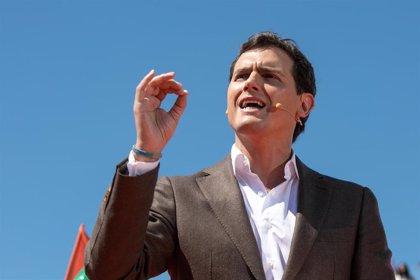 Rivera insistirá en el veto a Sánchez si hay elecciones, pese a las presiones y a la crisis en Ciudadanos