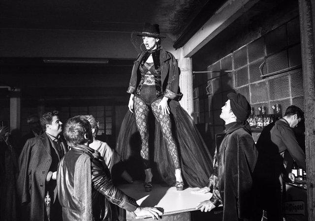 Escena del nuevo montaje de 'La Bohème'