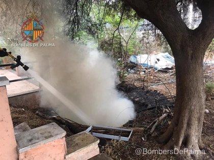 Sucesos.- Sofocado un incendio en una cisterna de una casa abandonada en la carretera de Manacor