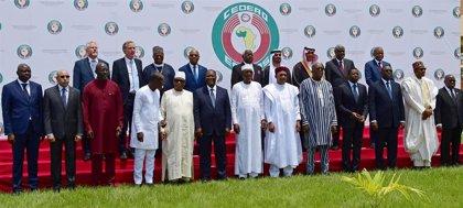 Los líderes del África occidental comprometen 1.000 millones para combatir el terrorismo