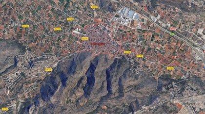 Dos personas fallecidas al estrellarse una avioneta de recreo en Pedreguer (Alicante)