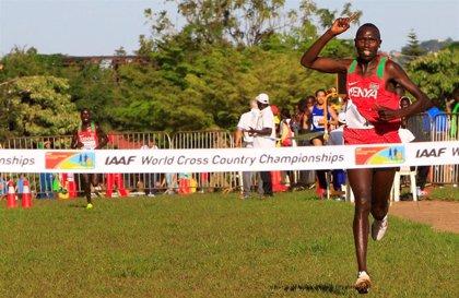 El keniata Geoffrey Kamworor pulveriza el récord del mundo de medio maratón