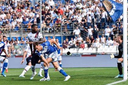 El Bolonia remonta en Brescia para ponerse segundo de la Serie A